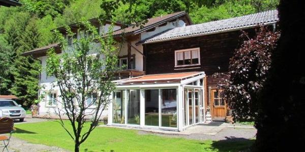 Haus mit Wintergarten IMG_1113