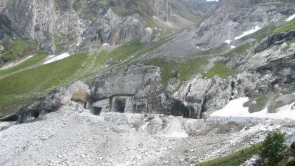 Am Eingang des Göflaner Marmorbruches