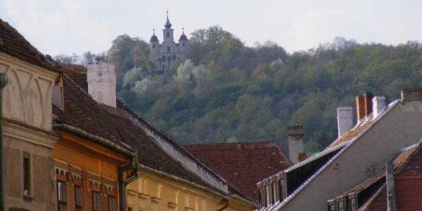 Látkép a városból - Kálvária templom