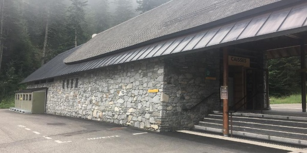 Bus stop for shuttle back to Cauterets