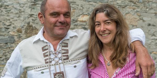 Hüttenwirt Herrman Maislinger mit Partnerin Gerid Fürnsinn