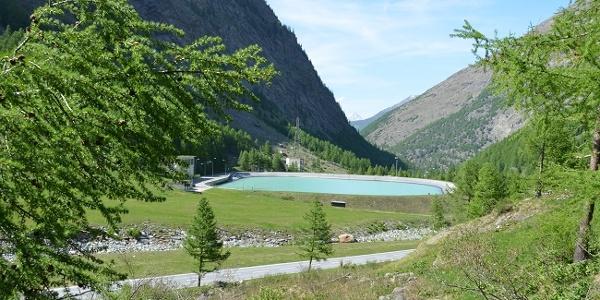 Equalising reservoir