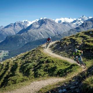 Aufstieg in Richtung Alp Muntatsch