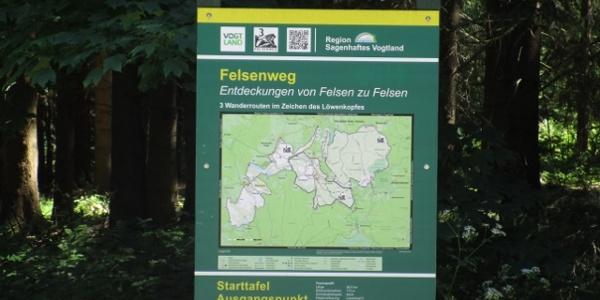 Ausgangstafel für Wanderungen Felsenweg 3a in Werda