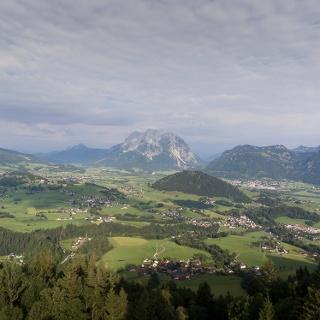 Ausblick auf den Grimming und das Ennstal