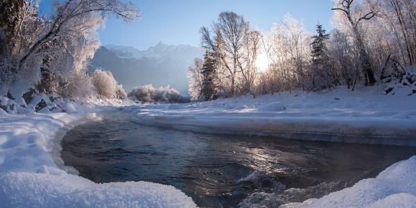 Ache im Winter