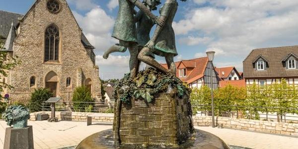 Lindenplatz mit Drei-Grazien-Brunnen