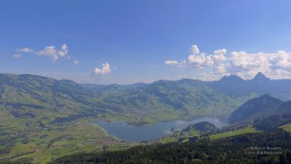 4K Lake Lauerzersee Schwyz SWITZERLAND アルプス山脈 aerial view