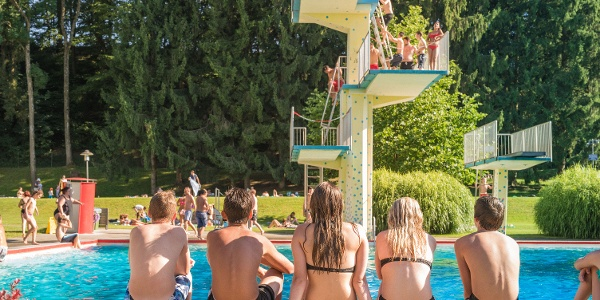 Das Freibad Fürstenfeld ist mit 23.000 m2 Wasserfläche das größte Beckenbad Österreichs.