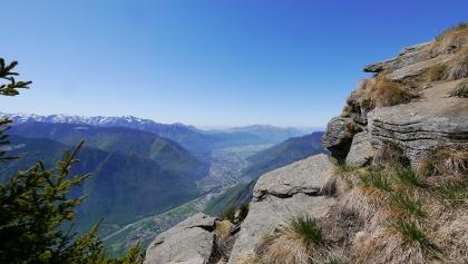 Tiefblick nach Bellinzona