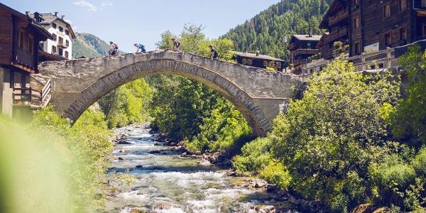 Bridge at the village of Binn