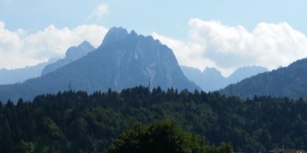 Die Julischen Alpen von Tarvisio aus gesehen.