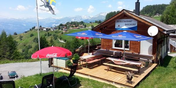 Restaurant Raschuns Sommer