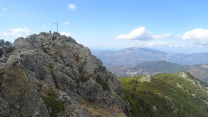 Der Gipfel des Mte. San Petrone im Blick nach Norden
