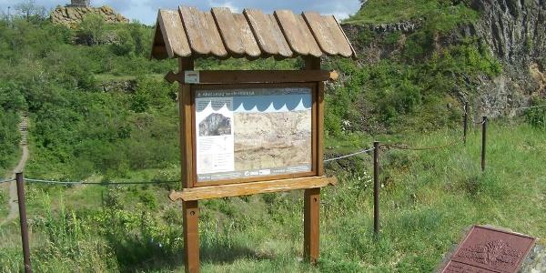 Trianoni emlékkereszt a Ság-hegyen