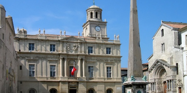 Place Republice, Arles