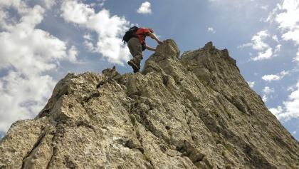 Kletterei auf den letzten Metern zum Axalphorn-Gipfel.