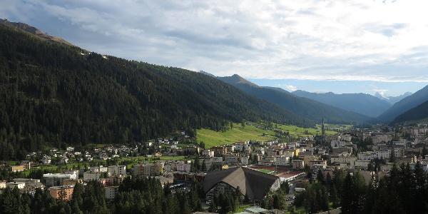 Blick vom Waldhotel über Davos.