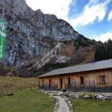 Blick zum Aufstieg zum Gipfelkreuz