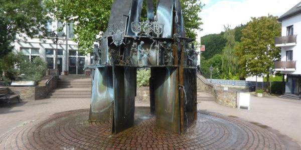 Brunnen Teichplatz (Foto TI Prüm A.Hohn)