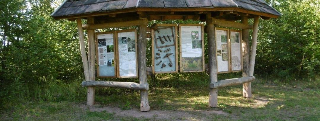 Infotafel auf dem Sandstein-Erlebnisweg
