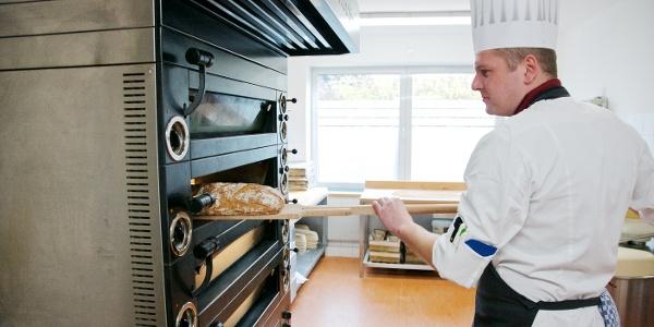 frisches Brot aus dem Ofen