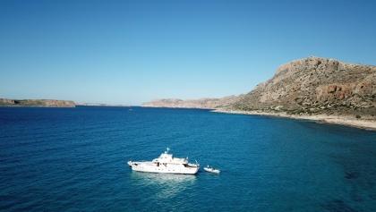 Yacht in der Bucht von Balos