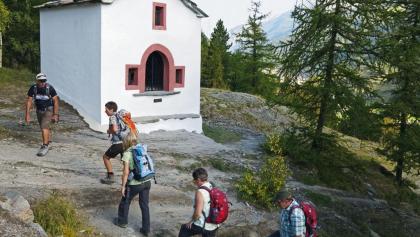 Auf dem Kapellenweg von Saas-Grund nach Saas-Fee