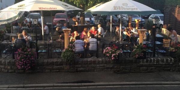 Taverna Meteora Biergarten