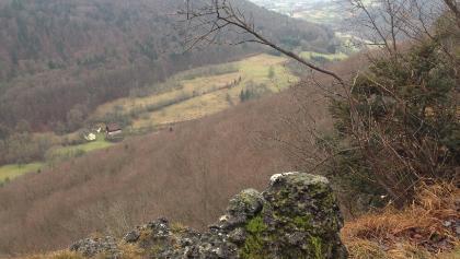 Aussicht vom Gipfel des Röthelfelsens in Richtung Parkplatz