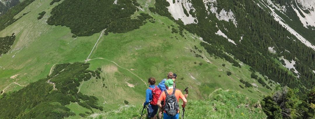Der steile und ausgesetzte Nordabstieg von der Rotwand