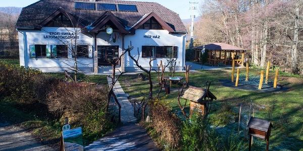 A Hiúz Ház Erdei Iskola és Látogatóközpont