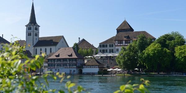 Die Route führt durch Diessenhofen, dessen Altstadt aus dem Mittelalter sehr gut erhalten ist.