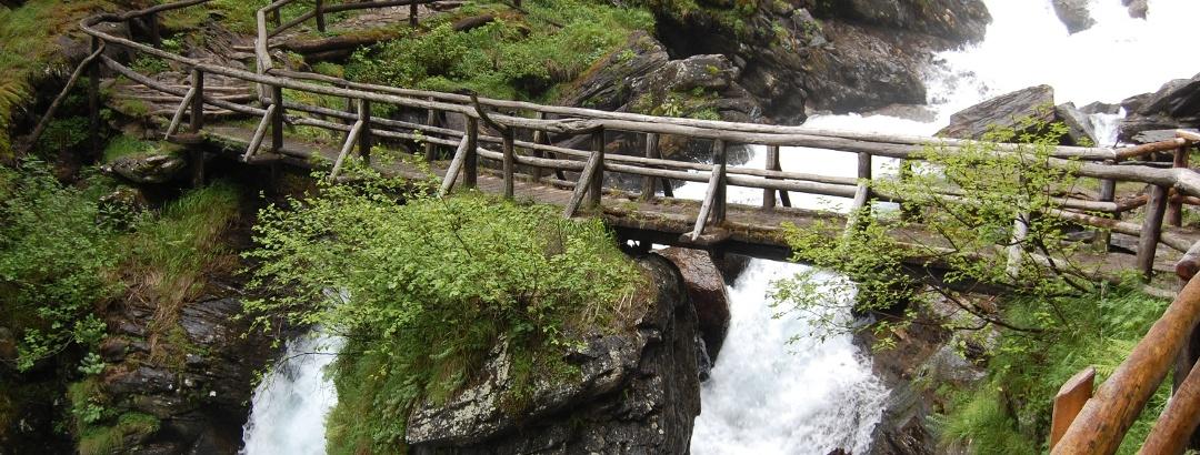 Il sentiero delle Cascate del Saent