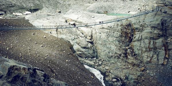 Pont suspendu Cabane Brunet - Cabane FBX Panossière