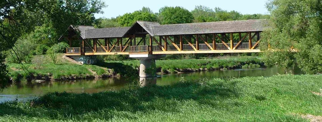 Brücke über die Mulde