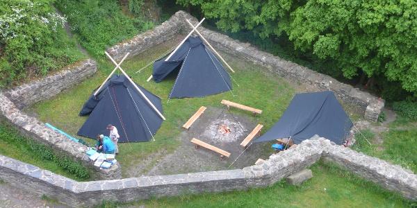 Zelten auf der Schmidtburg