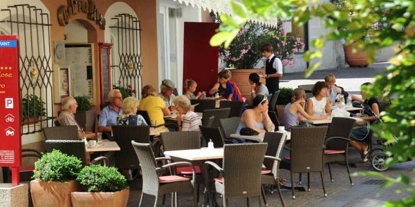 Hotel Goldene Rose, Café beim Eingang