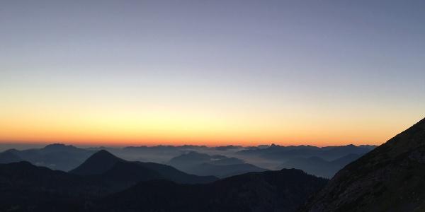 Sonnenaufgang an der Weilheimer Hütte