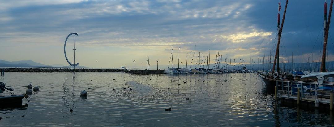 Abendstimmung im Hafen von Lausanne.