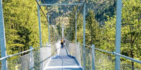 Fussgängerhängebrücke auf dem Sattel-Hochstuckli