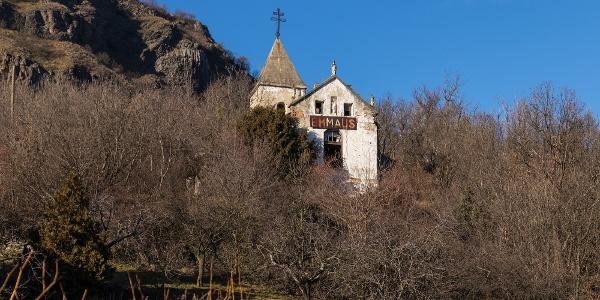 Az Ify- (vagy Emmaus-) kápolna a Szent György-hegy oldalában