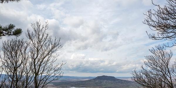 Panoráma z oddychového miesta Tördemic