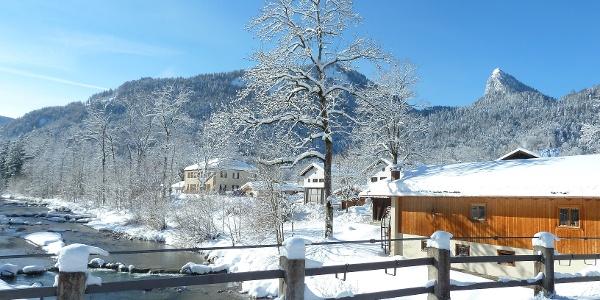 Weißach im Dorf Kreuth