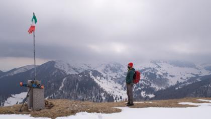 La cima del Monte Valderoa in primavera