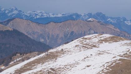 Il panorama dal Monte Piz sulla cresta del Monte Santo e i Piani Eterni