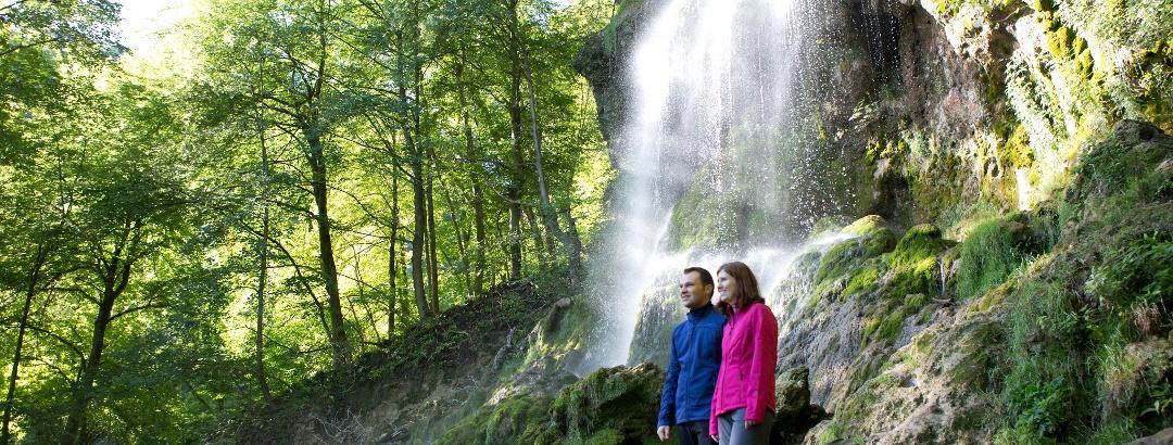 Ausgezeichnet Wandern auf dem Wasserfallsteig Bad Urach