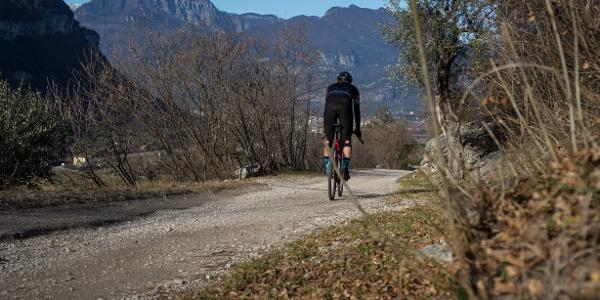 Eine Passage der Abfahrt zwischen Nago und Pratosaiano