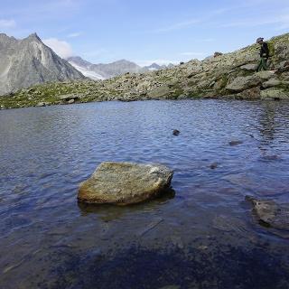 Bergsee auf dem Weg zur Sulzenauhütte