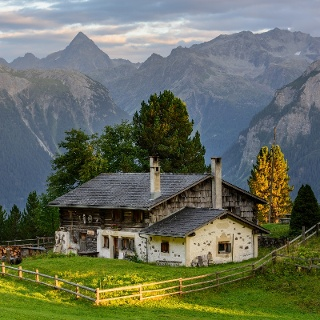 Heidihütte, Falein